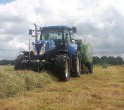 Loonbedrijf van den Berg perst zich met 9300 balen naar de top van Nederland!